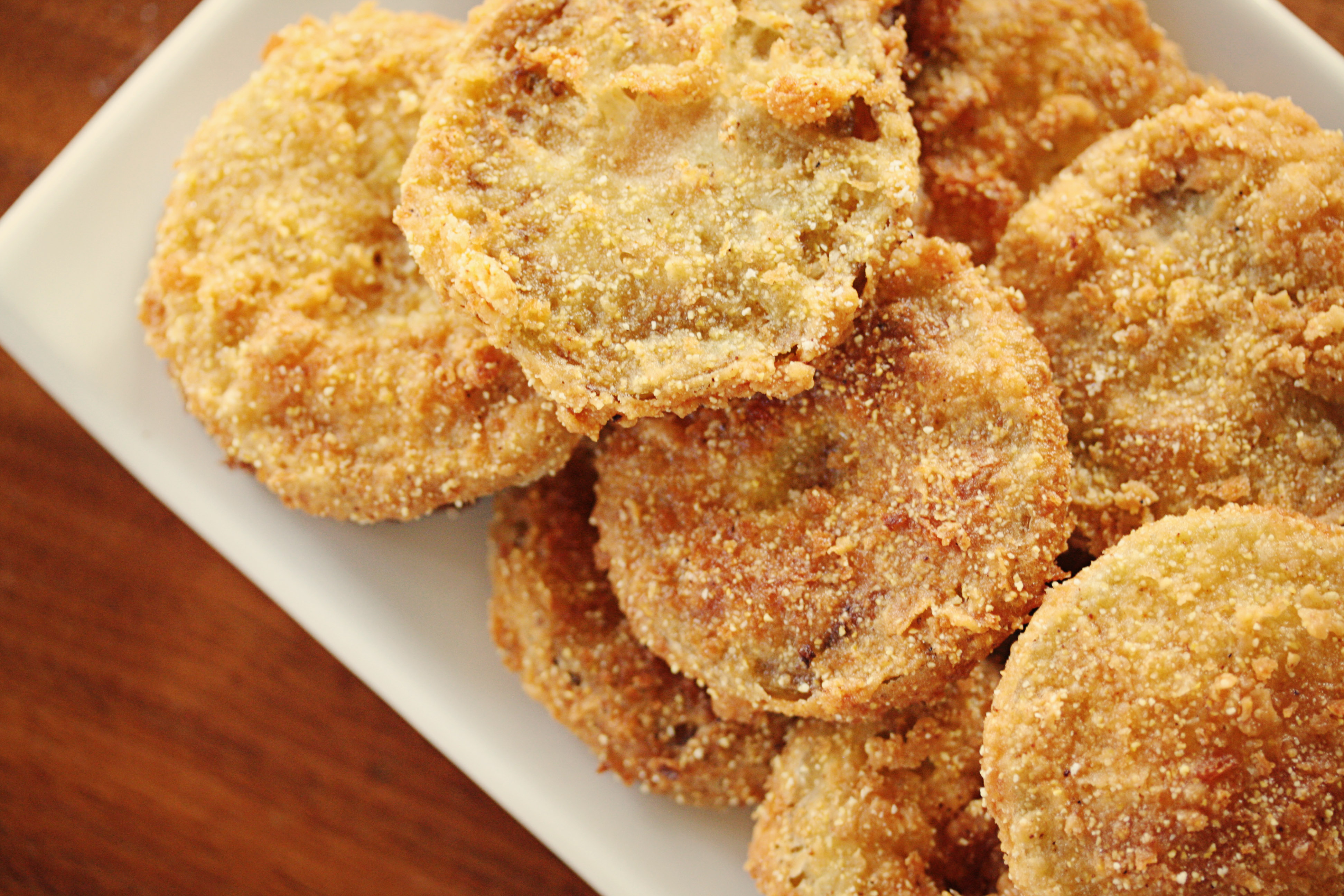 an analysis of fried green tomatoes 31052018 our reading guide for fried green tomatoes at the whistle stop cafe by fannie flagg includes book club discussion questions, book.