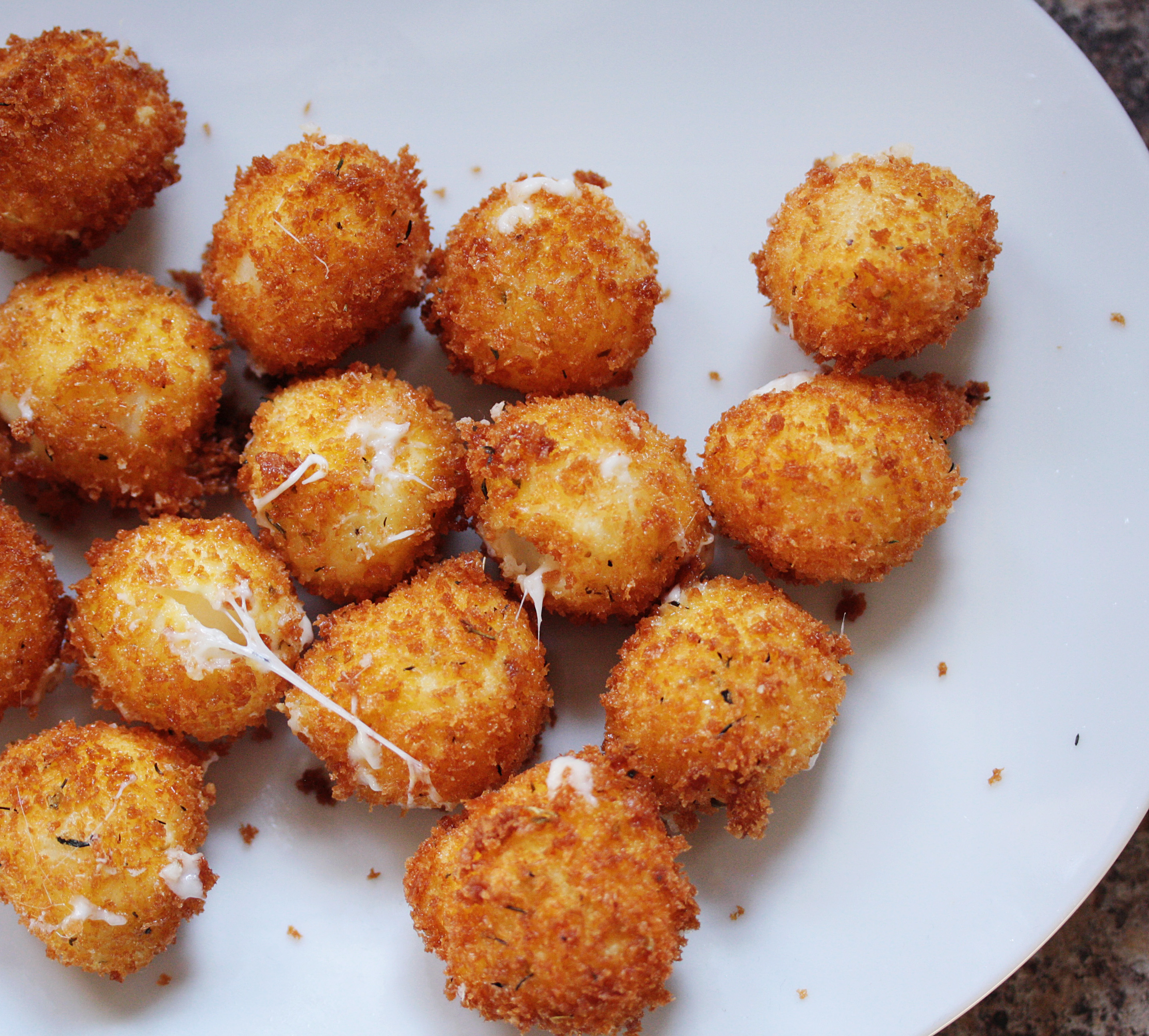 Fried Mozzarella Balls with Marinara Cream Sauce Will Change Your Life