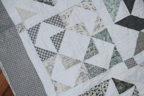 01-12 block in hst quilt