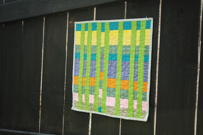 lulu's quilt on fence