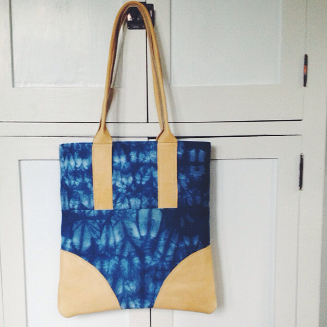 Luxe Tote in indigo and buckskin