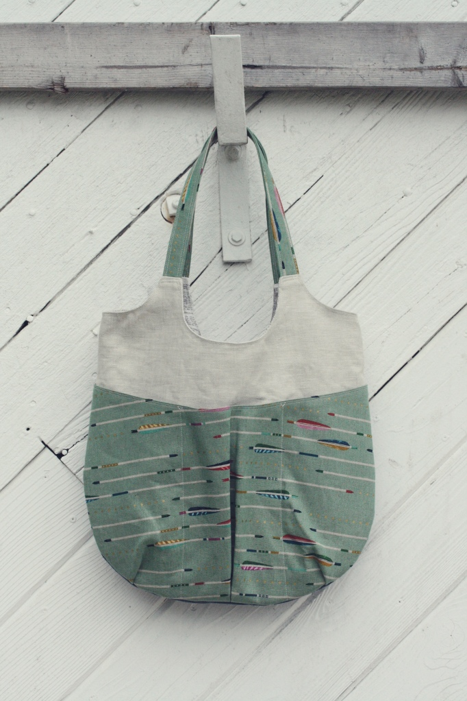 arrow go anywhere tote on barn